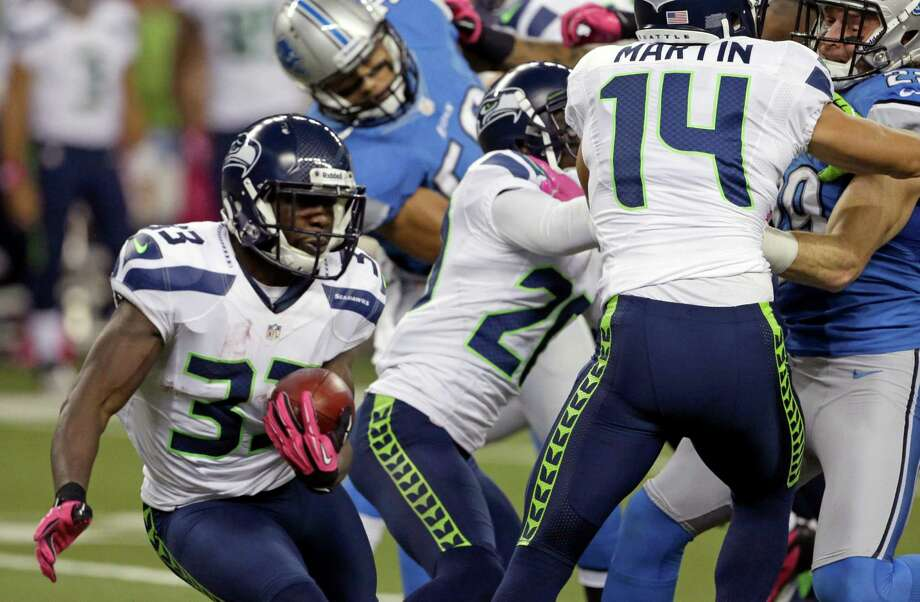 Seattle Seahawks running back Leon Washington (33) runs in the first half of an NFL football game against the Detroit Lions, Sunday, Oct. 28, 2012. in Detroit. Photo: AP