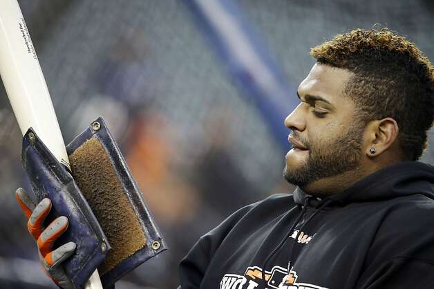 San Francisco Giants' Pablo Sandoval gets a bat ready during batting practice before Game 4 of baseball's World Series against the Detroit Tigers Sunday, Oct. 28, 2012, in Detroit. (AP Photo/David J. Phillip) Photo: David J. Phillip, Associated Press