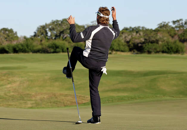 Bernhard Langer reacts after missing his putt on the first playoff hole during the final round of the 2012 AT&T Championship on Sunday Oct. 28, 2012 at the AT&T Canyons course.  David Frost defeated Langer on the second playoff hole to win the event. Photo: Edward A. Ornelas, Express-News / © 2012 San Antonio Express-News