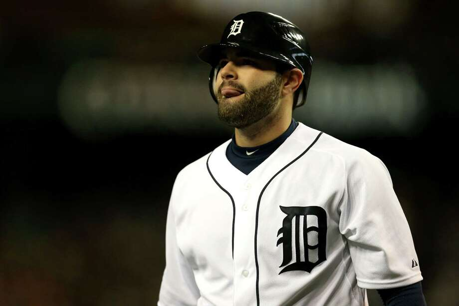 DETROIT, MI - OCTOBER 27:  Alex Avila #13 of the Detroit Tigers reacts after being struck out by Ryan Vogelsong #32 of the San Francisco Giants in the third inning during Game Three of the Major League Baseball World Series at Comerica Park on October 27, 2012 in Detroit, Michigan. Photo: Jonathan Daniel, Getty Images / Getty Images North America