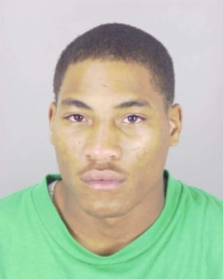 Earron S. Thomas, 19, was charged with aggravated assault with a deadly weapon. Photo: Beaumont Police