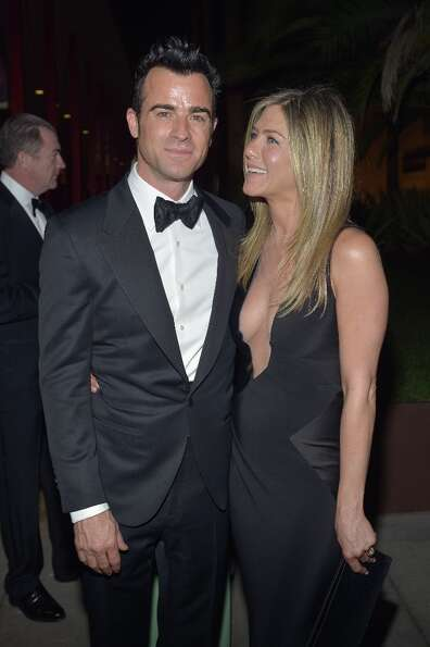Actors Justin Theroux and Jennifer Aniston attend LACMA 2012 Art + Film Gala Honoring Ed Ruscha and