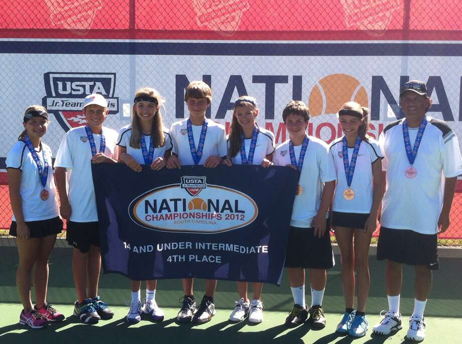 ACE 10s team tennis members: (from left) — Camille Kempf, Jack Chegin, Summer McKenna, Ethan Carlson, Breahna Menchaca, Sam Seidner, Noelle Lowry, coach Ed Criado; not pictured — Jeremy Wilson, parent coach Carol Wilson. Photo: Courtesy Photo