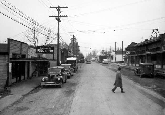 Another view of Main Street in Bellevue, May 1946. Photo: MOHAI,  Seattle Post-Intelligencer Collection