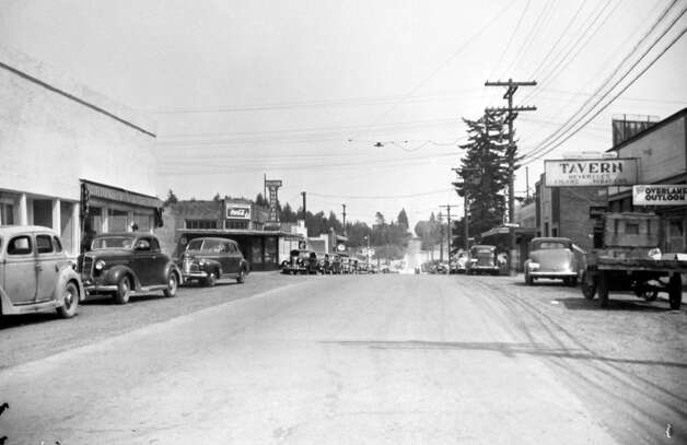 Main Street in Bellevue, May 1946. Photo: MOHAI, Seattle Post-Intelligencer Collection