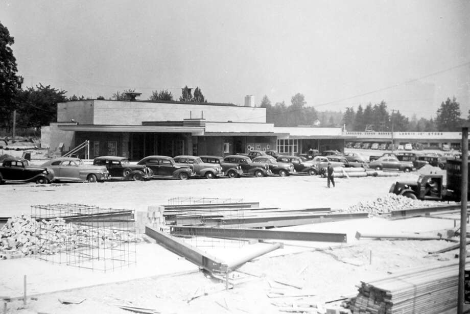 This 1946 picture shows the Bel-Vue Theater and what was then called the Bellevue Shopping Center being built. Photo: MOHAI, Seattle Post-Intelligencer Collection