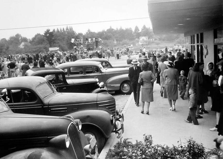 This picture from May 17, 1947 shows the opening of what was then called the Bellevue Shopping Center. Photo: MOHAI, Seattle Post-Intelligencer Collection