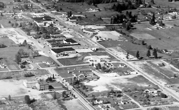 This Dec. 1949 picture shows an aerial view of what's now home to Bellevue Square. Photo: MOHAI, Seattle Post-Intelligencer Collection