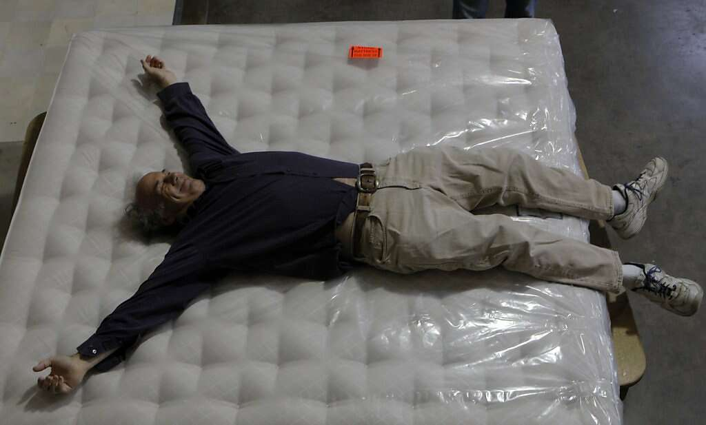 At The Mcroskey Factory In San Francisco Reporter Steve Rubenstein Tries Out One Of