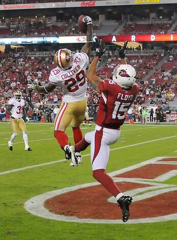 Chris Culliver #29 of the San Francisco 49ers knocks down a pass intended for Michael Floyd #15 of the Arizona Cardinals at University of Phoenix Stadium on October 29, 2012 in Glendale, Arizona. 49rs won 24-3. (Photo by Norm Hall/Getty Images) Photo: Norm Hall, Getty Images