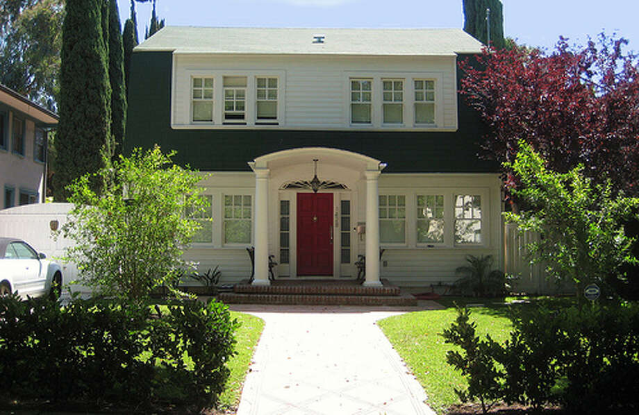 The Nightmare on Elm Street: This Los Angeles home was used as Nancy Thompson's home in the 1984 slasher film.(Photo: T. Hoffarth, Flickr) Photo: (Photo: T. Hoffarth,  Flickr)