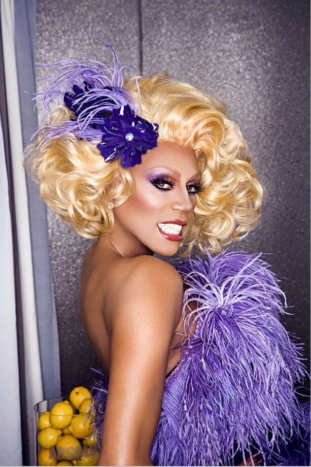Now @MittRomney Sashay Away! -- @rupaul Photo: Mathu Andersen / handout email