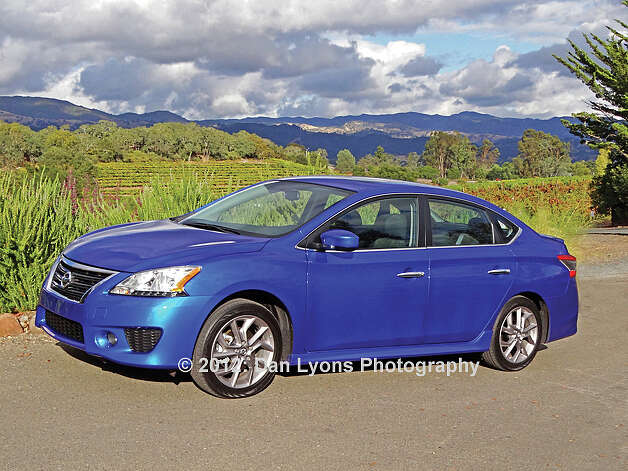 2013 Nissan Sentra (photo by Dan Lyons) / copyright: Dan Lyons - 2012