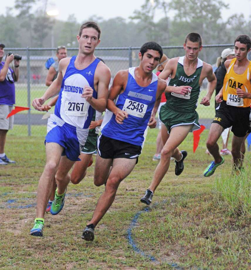 Friendswood's Ryan Teel (2767), the District 24-4A champion, and Brazoswood's Xavier Jimenez (2548), the 24-5A winner, will be two of the top runners at the 2012 UIL Region III Championships on Saturday, Nov. 3, at Atascocita High School. Photo: L. Scott Hainline / The Chronicle