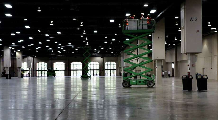 The $825 million expansion would increase the city's standing as a convention destination. Photo: BOB OWEN, SAN ANTONIO EXPRESS-NEWS / rowen@express-news.net
