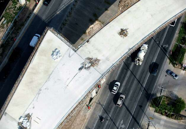 The still-under-construction ramp from Loop 1604 westbound to U.S. 281 southbound is seen in this Oct. 25, 2012 aerial photo. Photo: William Luther, San Antonio Express-News / © 2012 San Antonio Express-News