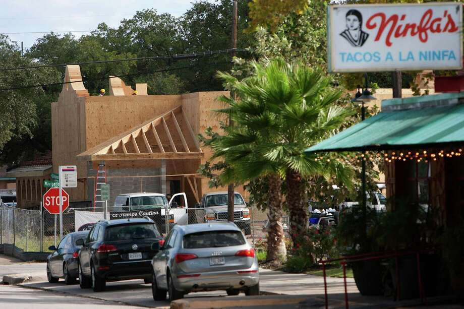 The Laurenzo family's El Tiempo Cantina is going up next to the original Ninfa's restaurant on Navigation. Officials at both restaurants say that being neighbors will be good for business - for them and the East End. Photo: Cody Duty, Staff / © 2012 Houston Chronicle