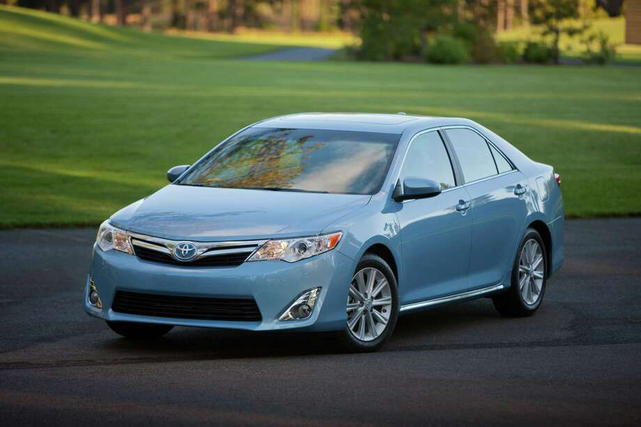 Midsize cars: Toyota Camry hybrid Photo: .