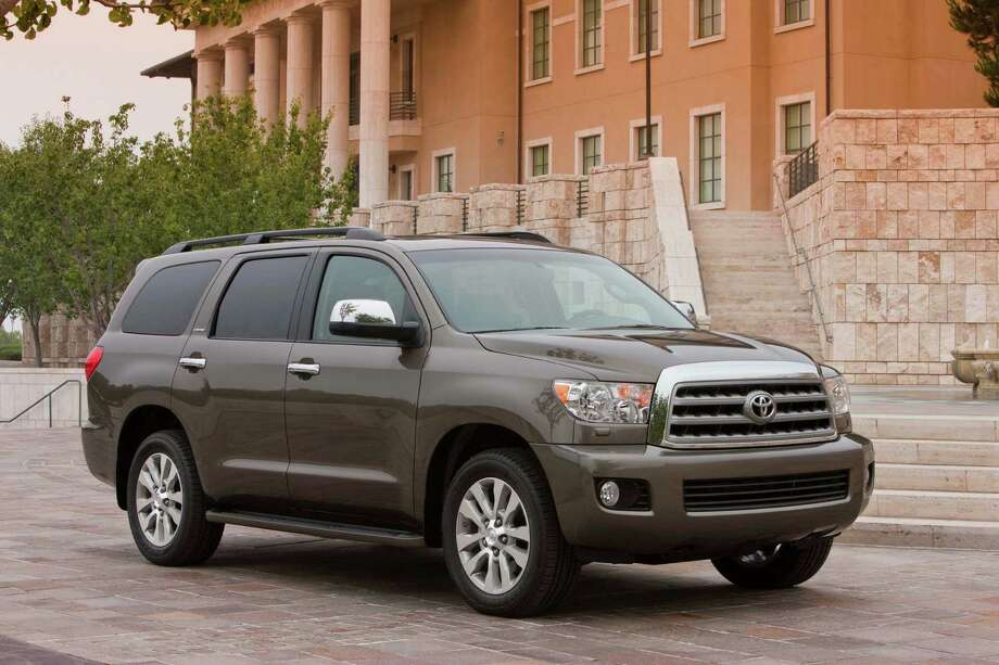 Large SUVs: Toyota Sequoia Photo: . / Copyright 2008 Dewhurst Photography All Rights Reserved
