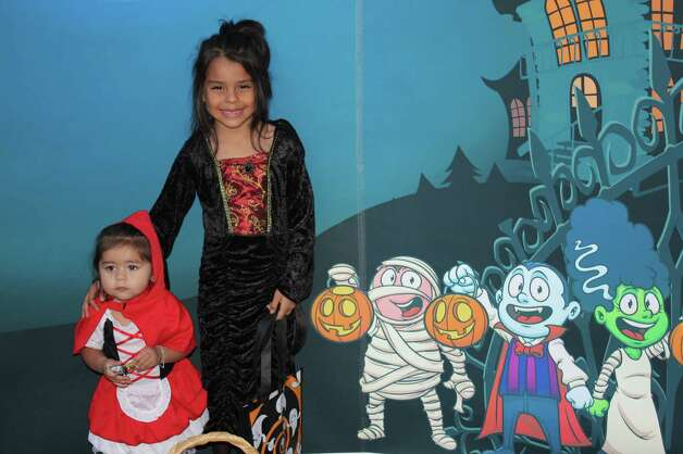 Zoo Boo - October 30, 2012 Photo: San Antonio Express-News