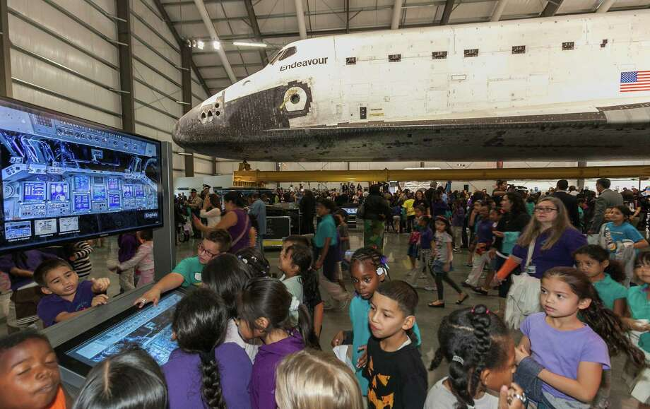 More than 500 California Science Center School students attend the space