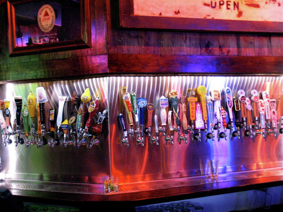 There are plenty of beers on tap to choose from at Little Woodrow's in the Heights. Photo: Jordan Graber