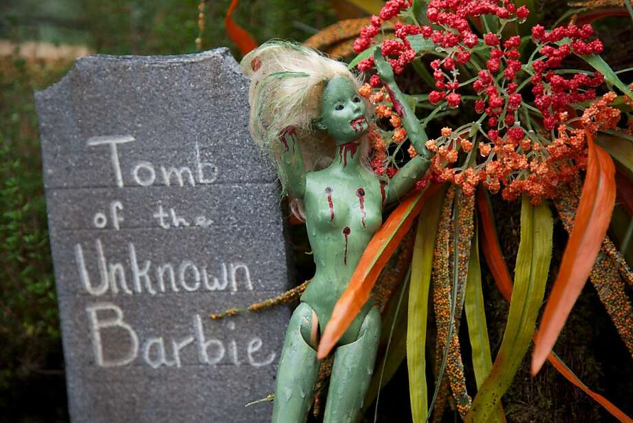 "Homicide Victim Barbie? Every Halloween, Heidi Loutzenhiser and her Halloween-loving family display more than 700 macabre dolls for her home's creepy ""Doll Asylum"" in Portland, Ore. Photo: Michael Lloyd, Associated Press"