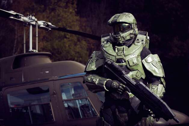 Master Chief stands guard during the HALO 4 launch by Xbox 360 on October 30, 2012 in Balzers, Liechtenstein. Photo: Getty Images, Getty Images For Halo By Xbox 36 / 2012 Getty Images