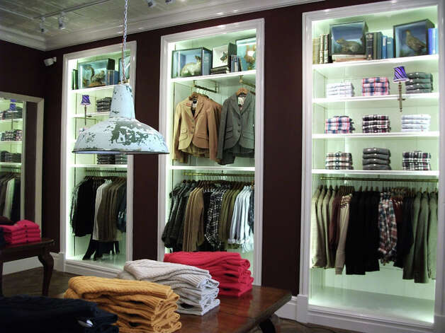 British preppy clothing store to open on Elm Street