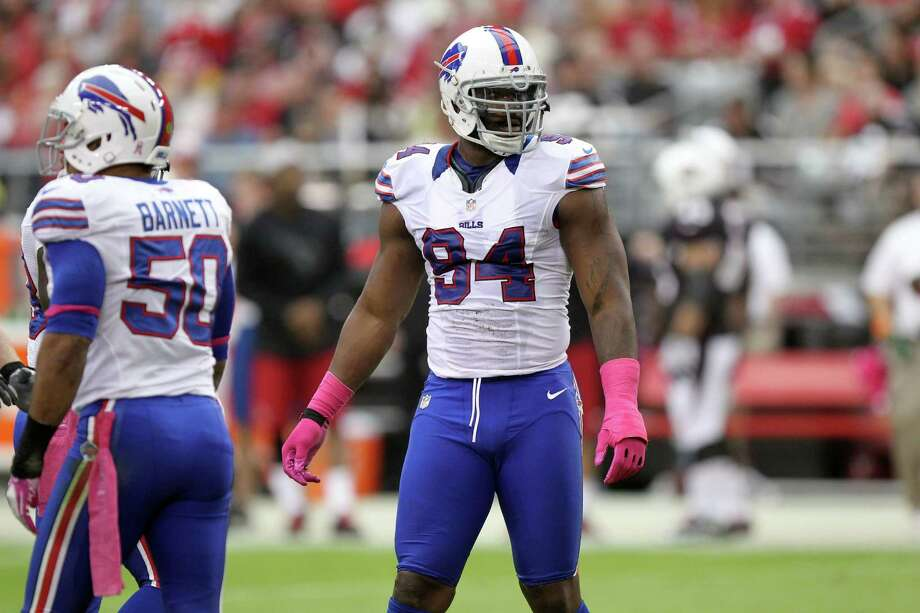 Buffalo Bills' Mario Williams is seen during a timeout against the Arizona Cardinals in an NFL football game Sunday, Oct. 14, 2012, in Glendale, Ariz.(AP Photo/Paul Connors) Photo: Paul Connors, Associated Press / FR5880 AP