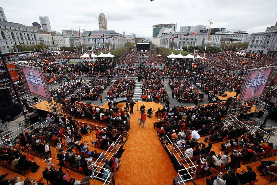 The city of San Francisco celebrated the Giants victory as World Series Champions with a parade and ceremony at Civic Center Plaza on Wednesday, October 31, 2012. Photo: Carlos Avila Gonzalez, The Chronicle