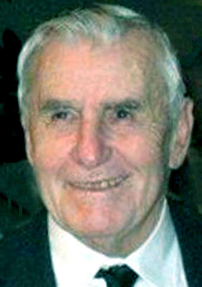 Donald Crane, 78, of 2843 Hitchcock Mill Run in Marietta, Ga., died Oct. 24, 2012. He was the husband of Patricia Lenti-Crane. Mr. Crane was born April 13, 1934, in Waterbury, son of the late Alfred and Gertrude (Crane) Crane. He graduated from The Kent School and attended Boston College.  Courtesy of the Crane family Photo: Contributed Photo