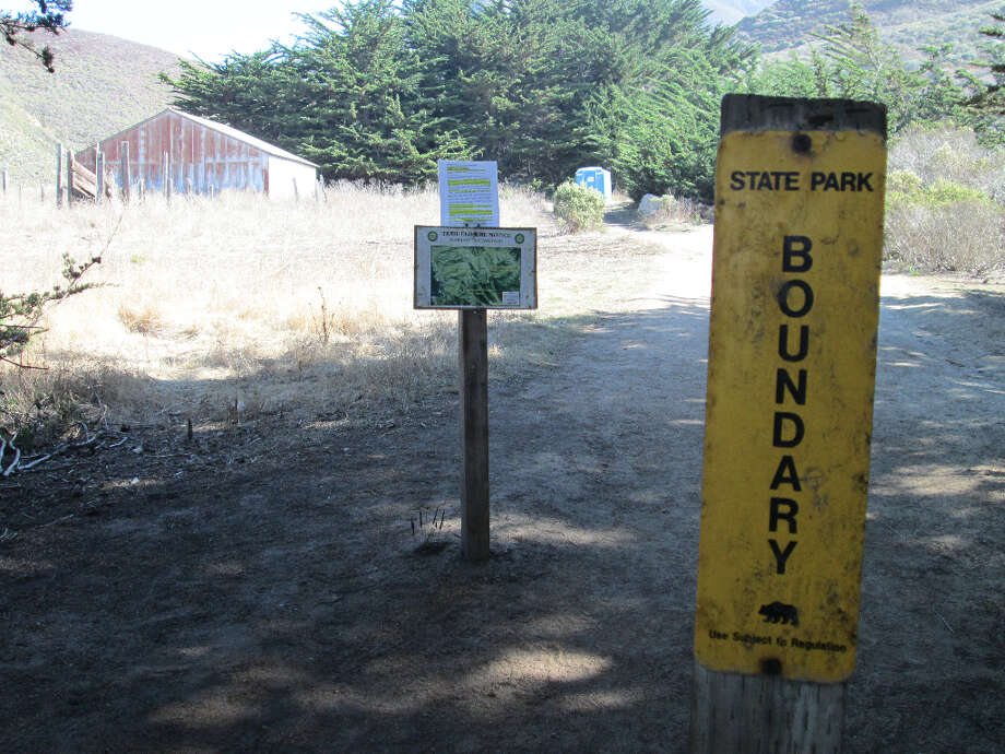 The yellow state park sign marks the trailhead (Tom Stienstra/The Chronicle)