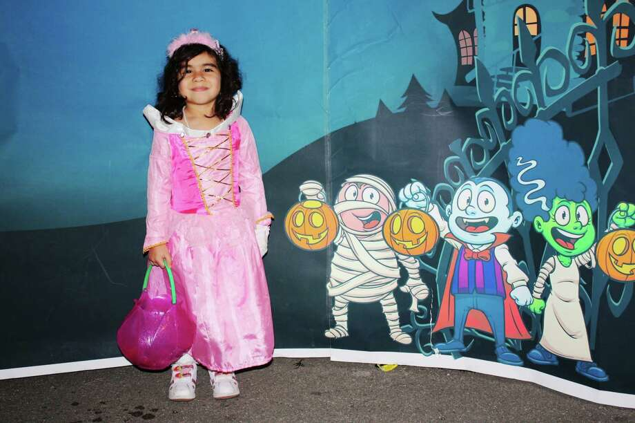 Zoo Boo  – Wednesday, October 31, 2012            San Antonio Zoo Photo: Express-News