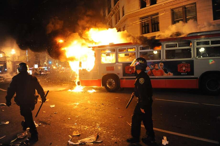 A bus is set on fire in San Francisco after the Giants won the World Series on October 28, 2012. (Special to The Chronicle)