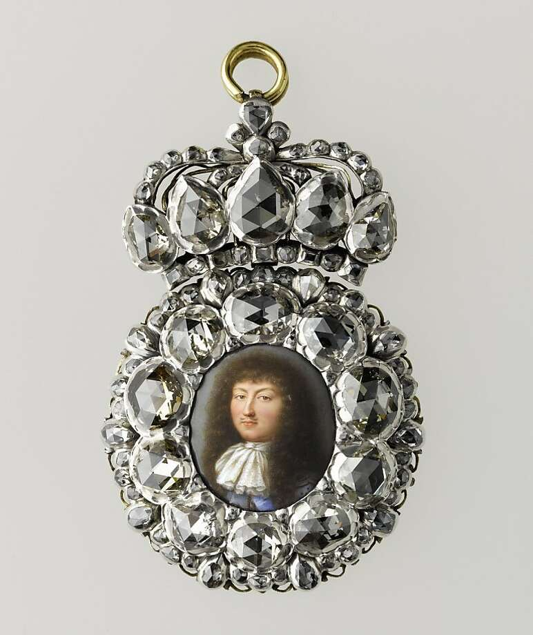 "Objects in ""Royal Treasures From the Louvre"" exhibition:  Diamond presentation miniature of Louis XIV. Photo: Fine Arts Museums Of San Francis"