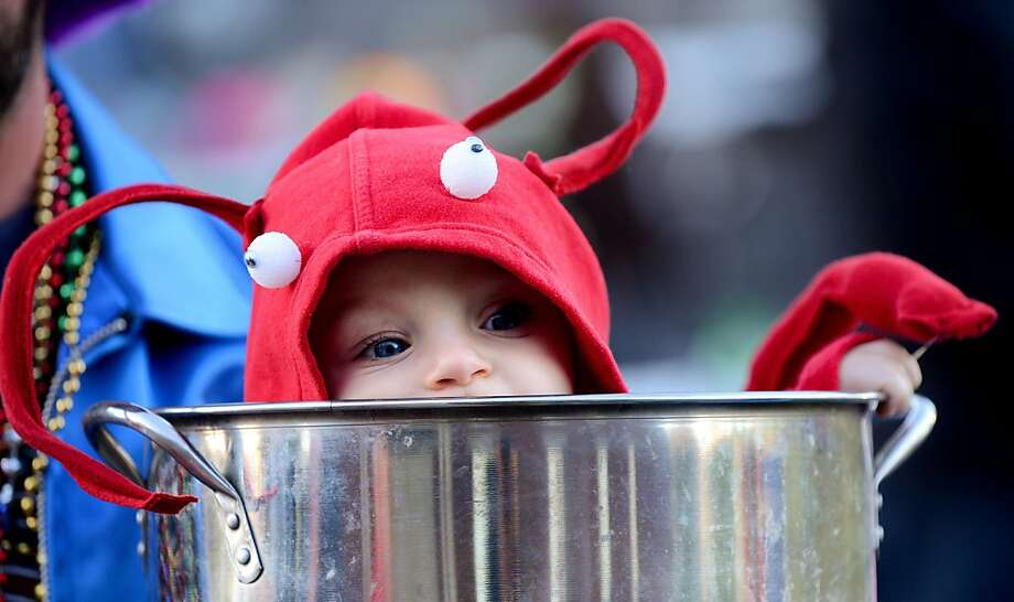 Are the crabs done yet? This one, who calls himself Jeremiah Smith, needs a couple more minutes on the stove at Daystar Church in Hartselle, Ala Photo: Gary Cosby Jr., Associated Press