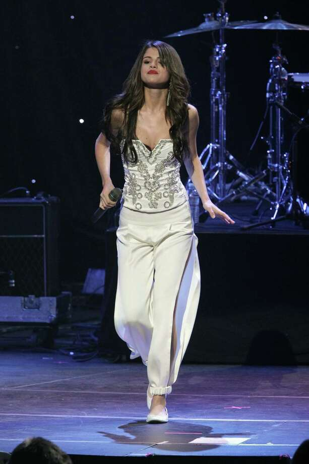 Selena Gomez performs at the KIIS FM's Jingle Ball 2010  on December 5, 2010 in Los Angeles, California. Photo: Noel Vasquez, Getty Images / Getty Images North America