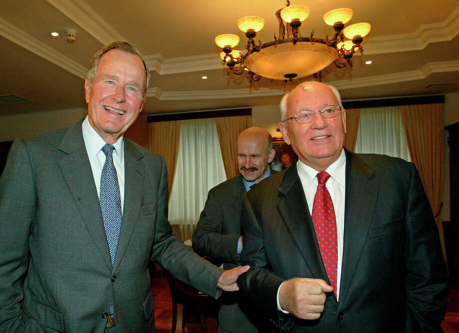 Former U.S. President George Bush meets with Mikhail Gorbachev, the last Soviet leader, who stepped down in 1991 as the Soviet Union collapsed during Bush's presidency in Moscow, Monday, Sept.15, 2003. Photo: ALEXANDER ZEMLIANICHENKO, AP / AP