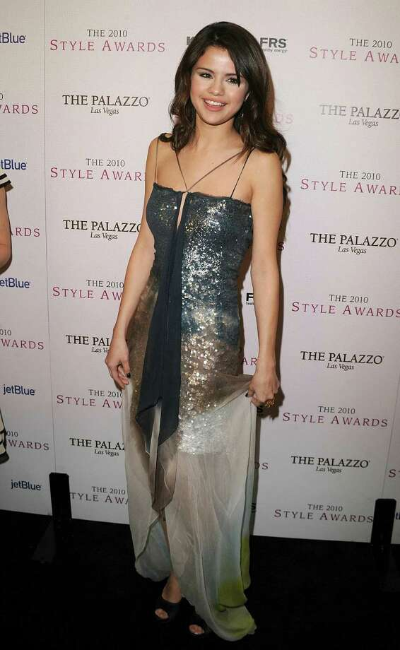 Singer/actress Selena Gomez arrives at the 2010 Hollywood Style Awards at the Hammer Museum on December 12, 2010 in Westwood, California. Photo: Jason Merritt, Getty Images / Getty Images North America