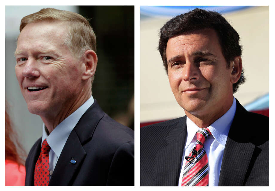 This combination of Associated Press file photos show Ford Motor Co. President and CEO Alan Mulally, at left, on Sept. 18, 2012 in New York, and Mark Fields, right, Ford president of the Americas, Monday, Sept. 10, 2012, in Flat Rock, Mich. Longtime Ford executive Mark Fields was named chief operating officer of the company on Thursday, Nov. 1, 2012, putting him in line to replace CEO Alan Mulally as soon as 2015. (AP Photo/File) Photo: Mary Altaffer, Carlos Osorio