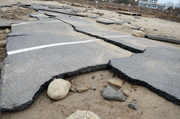 The West Beach parking lot in Stamford rests in pieces on Thursday, Nov. 1, 2012. Photo: Amy Mortensen / Stamford Advocate Freelance