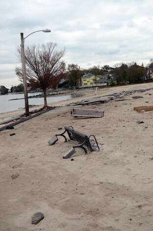 West Beach in Stamford on Thursday, Nov. 1, 2012. Photo: Amy Mortensen / Stamford Advocate Freelance