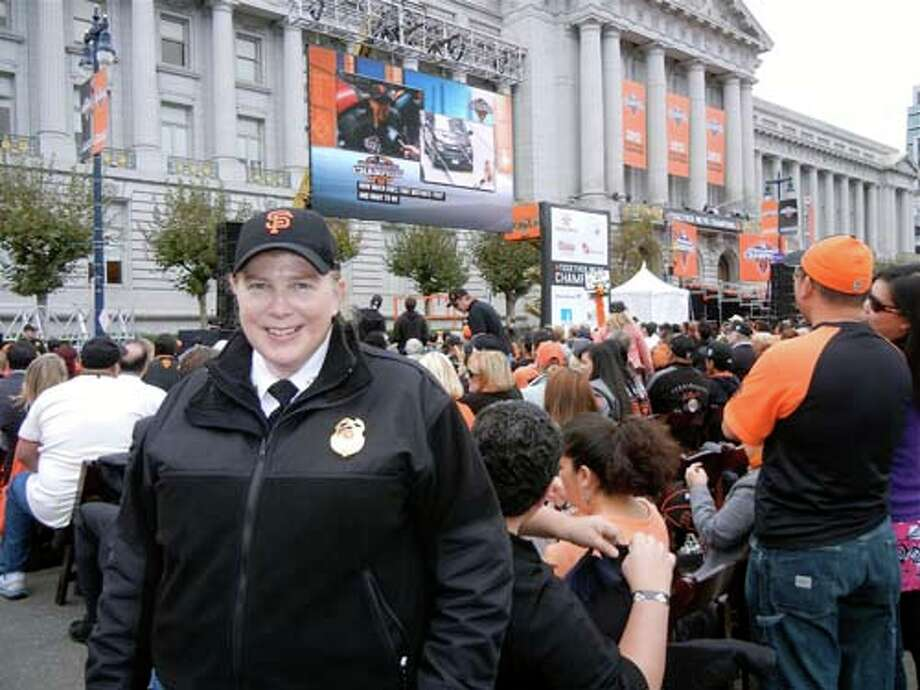 SFFD Chief Joanne Hayes-White (Catherine Bigelow)