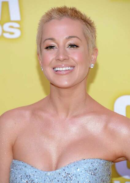 Kellie Pickler attends the 46th annual CMA Awards at the Bridgestone Arena on November 1, 2012 in Na
