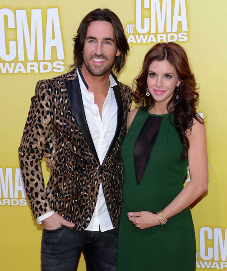 Country music artist Jake Owen (L) and Lacey Buchanan Owen attend the 46th annual CMA Awards at the Bridgestone Arena on November 1, 2012 in Nashville, Tennessee. Photo: Jason Kempin, Getty Images / 2012 Getty Images
