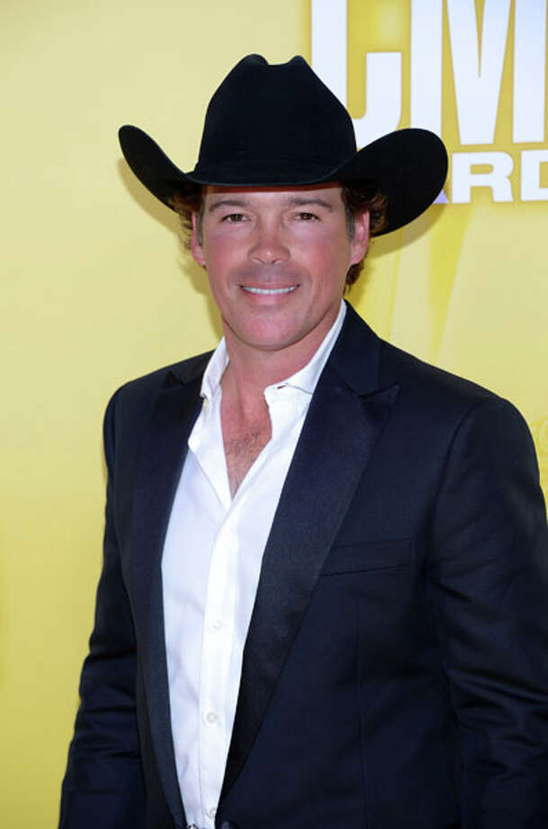 Country artist Clay Walker attends the 46th annual CMA Awards at the Bridgestone Arena on November 1, 2012 in Nashville, Tennessee. Photo: Jason Kempin, Getty Images / 2012 Getty Images