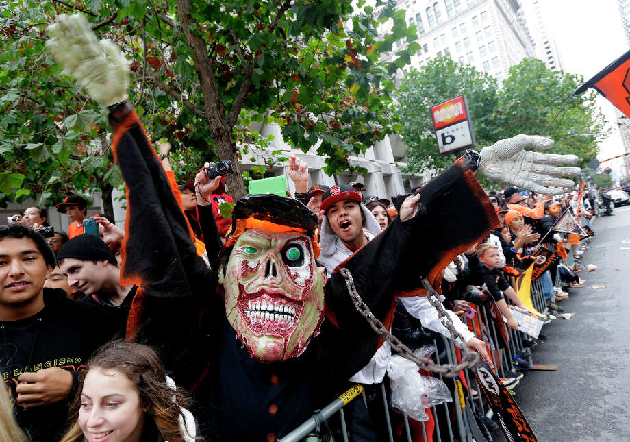 Some fans kept things scary in the spirit of Halloween. Photo: Marcio Jose Sanchez, Associated Press / AP