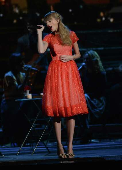 NASHVILLE, TN - NOVEMBER 01: Taylor Swift performs during the 46th annual CMA Awards at the Bridgest