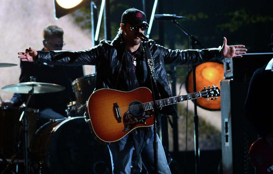NASHVILLE, TN - NOVEMBER 01:  Eric Church performs during the 46th annual CMA Awards at the Bridgest